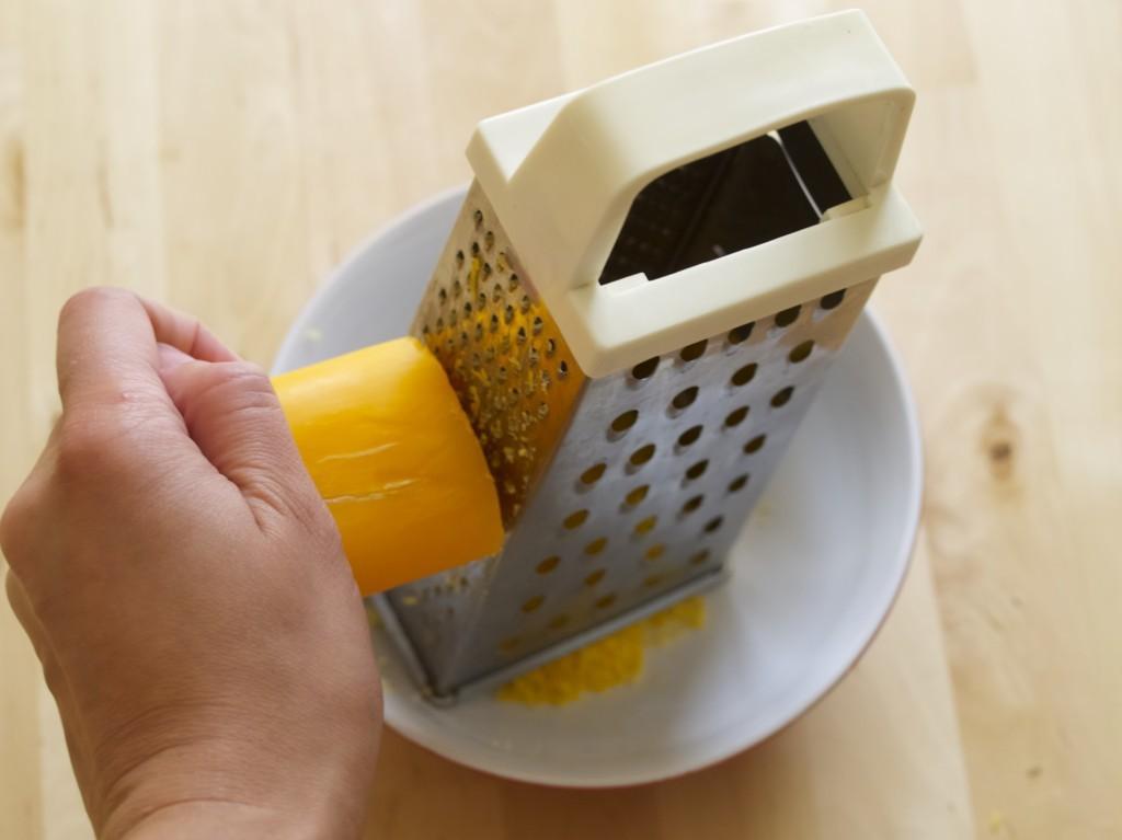 Liquid soap making (recipe included)