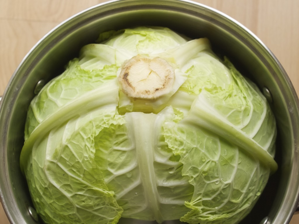 Slow cooker cabbage rolls (also known as little pigeons in Lithuanian)