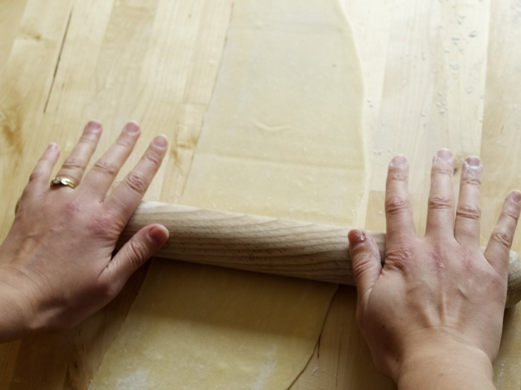 How to make handmade pasta at home without machine
