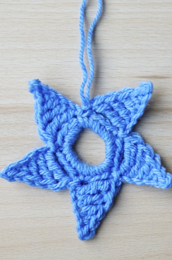 make your own crochet star hanging deco