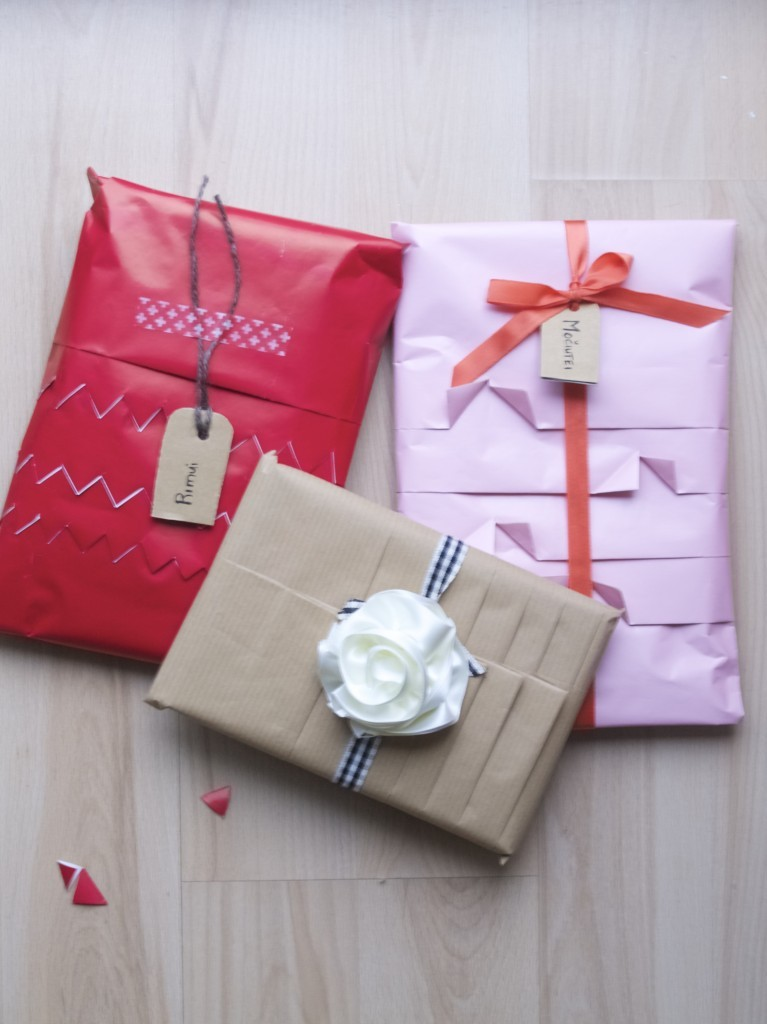 Pleated Gift Wrapping DIY
