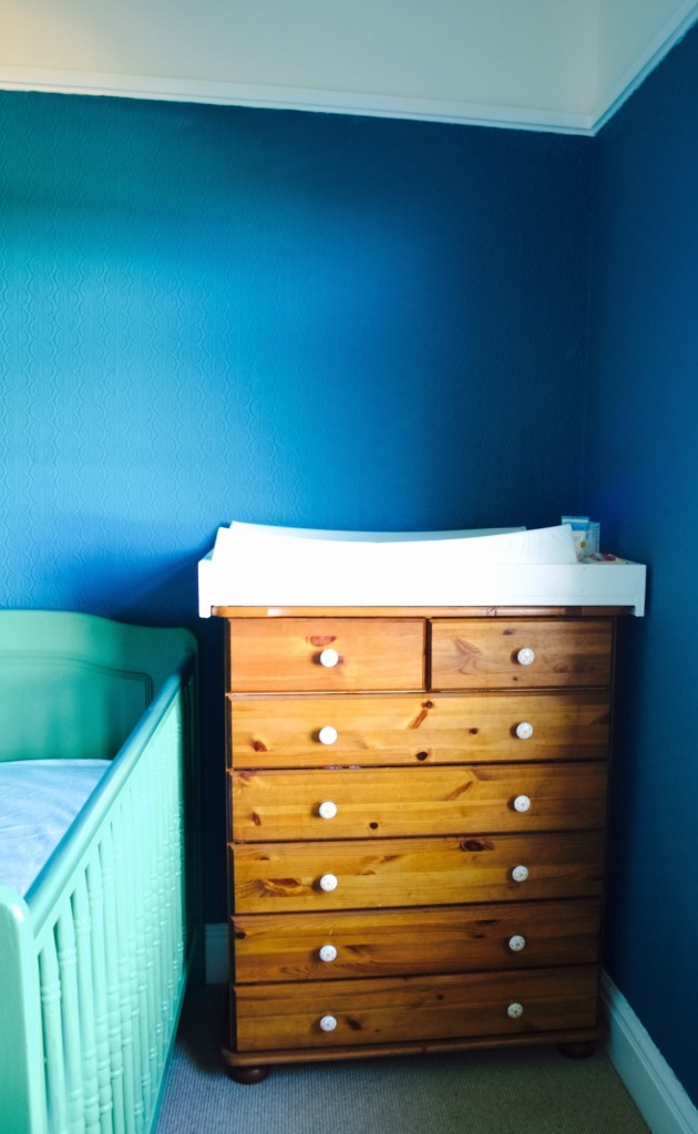 Lukas bedroom update: Change drawers makeover