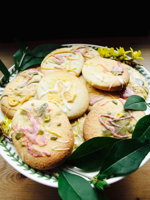 Kids art Easter biscuits DIY