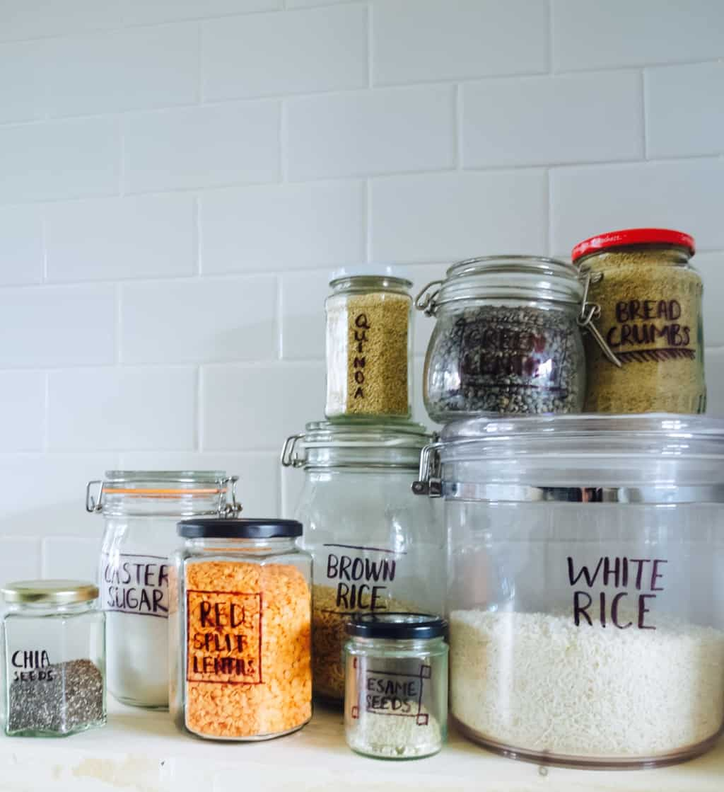 Kitchen organisation ideas: jars