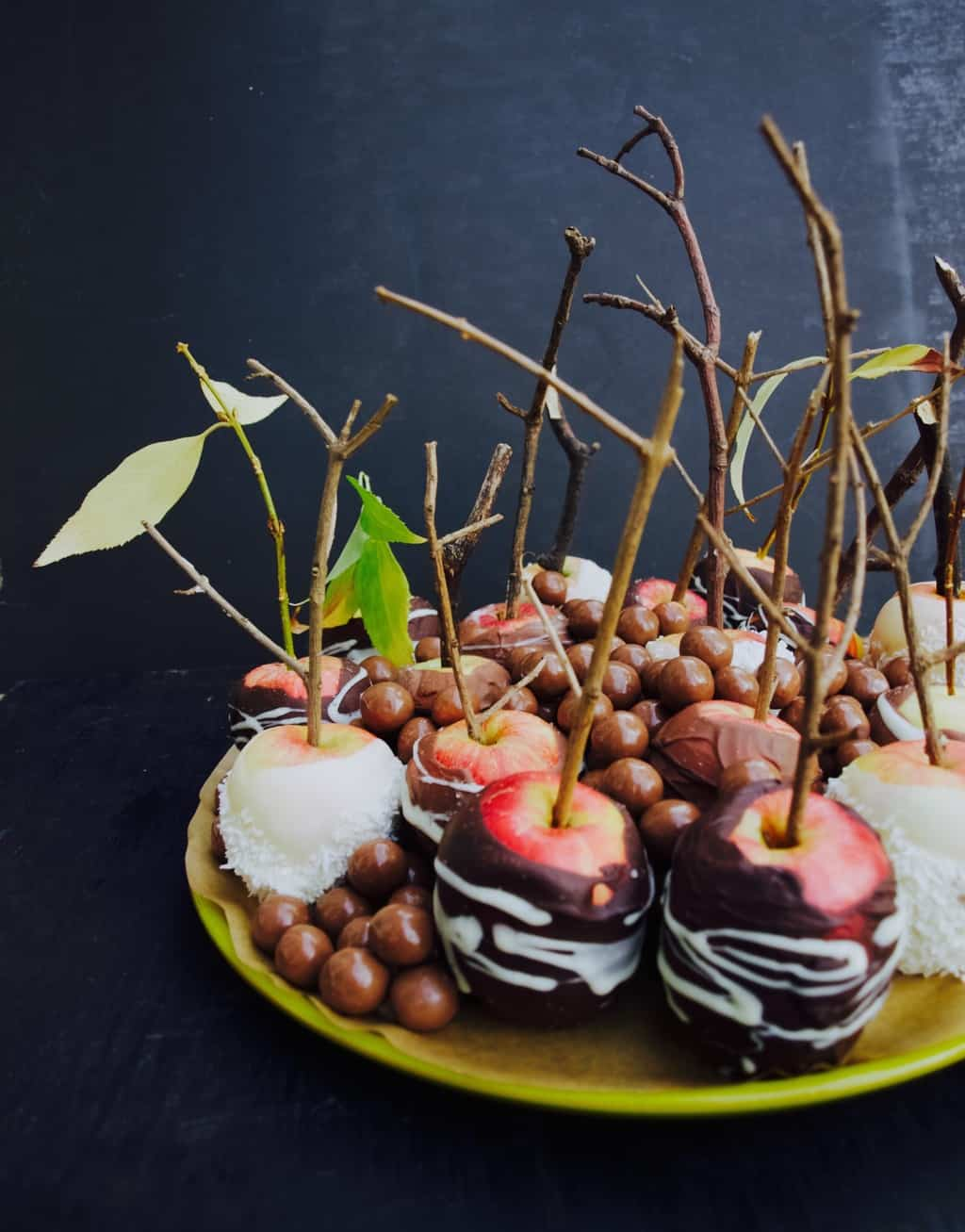 Salted chocolate apples